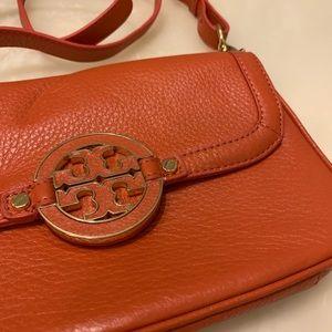 Tory Burch Amanda Leather Crossbody Bag